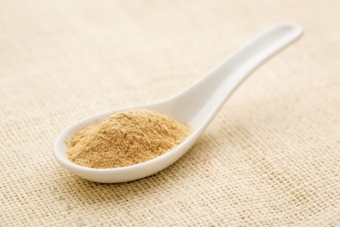 Ginseng powder in a spoon
